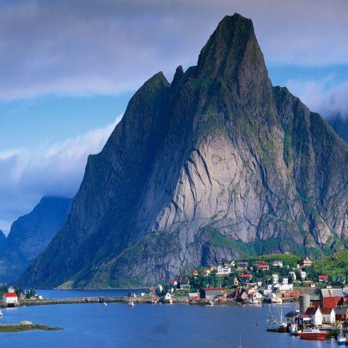 Bir Norveç Düşü : Reine