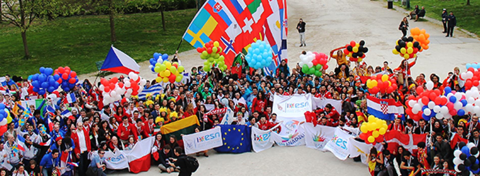 EVS, Erasmus, Work And Travel Yapmanın Kolaylıkları