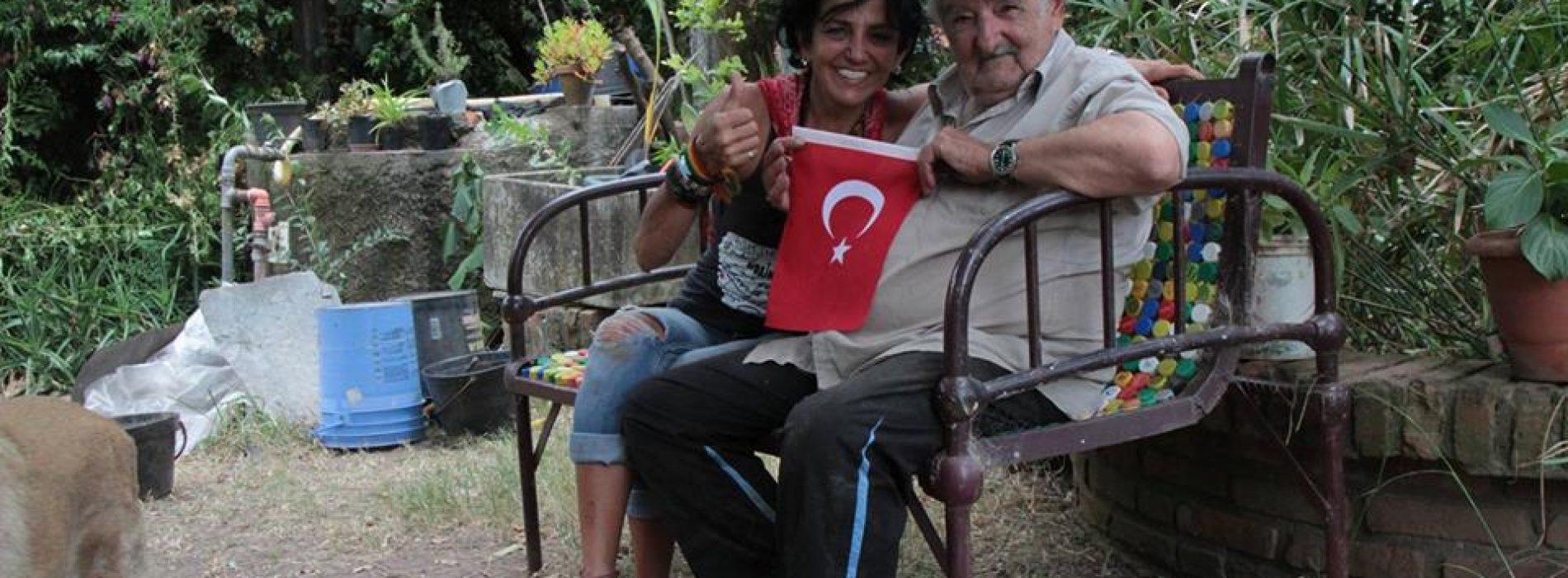 Yoksulların Uruguay'lı Devlet Başkanı Mujika' yı Ziyaret Eden InterRailci