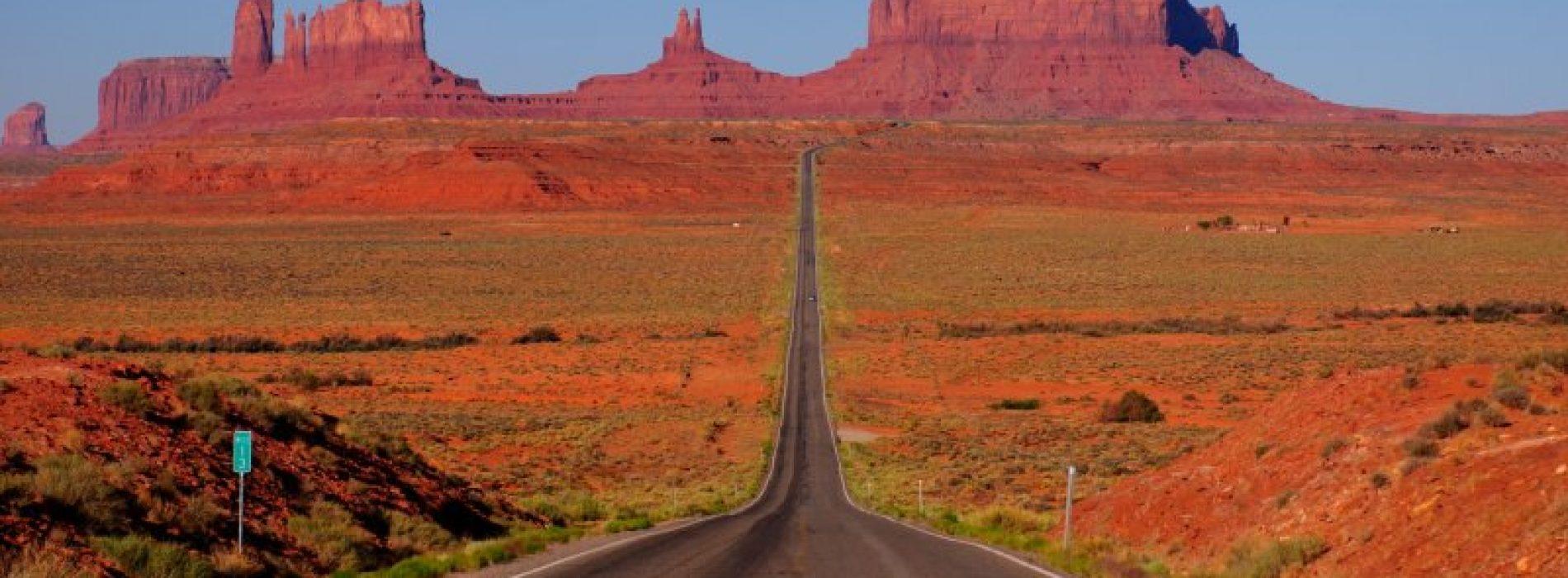 Bir İmpala 67 Uçsuz Bucaksız Uzayan Yol Route 66