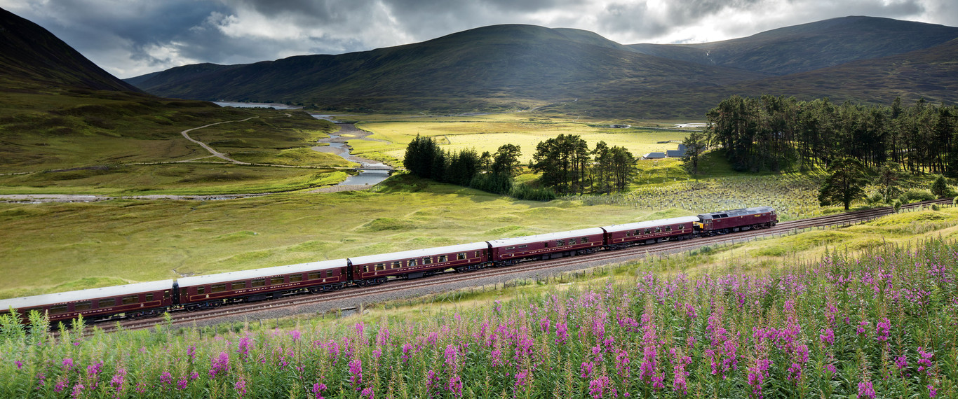 rs_1366x570_train_scenic_view10