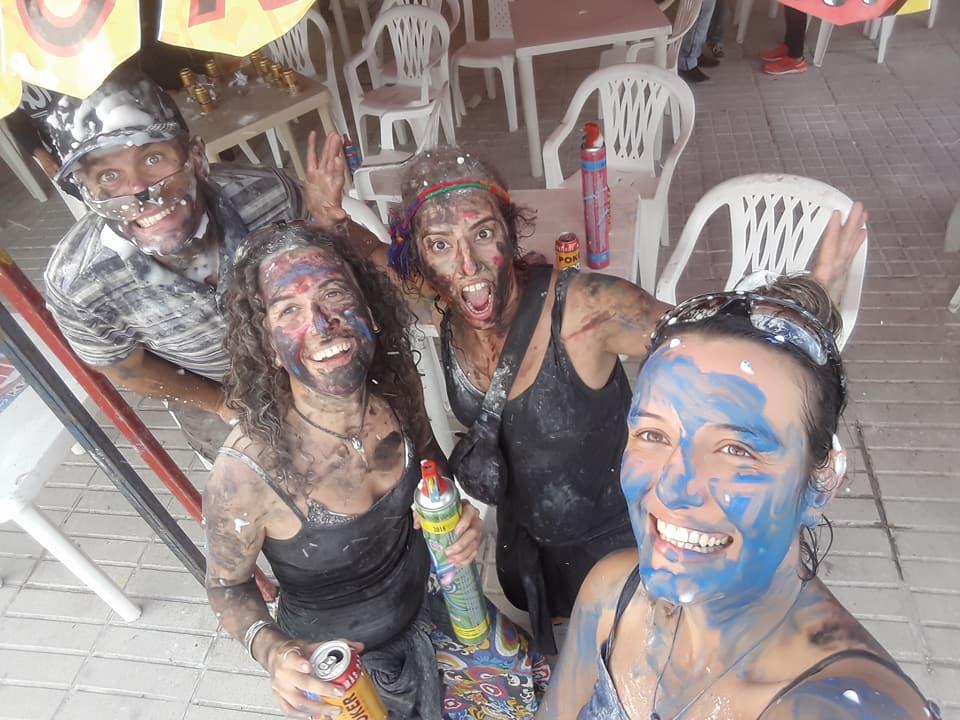 Pasto'daki beyazlar ve siyahlar festivali